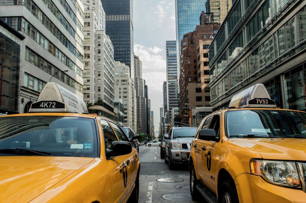 כיצד מגדיר משרד התחבורה הסעה בשכר