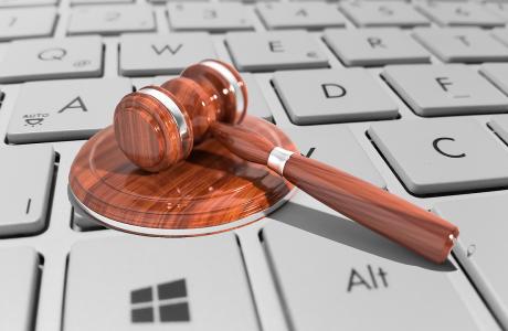 לא רק חוק הספאם: חוקי אינטרנט חשובים שכדאי להכיר
